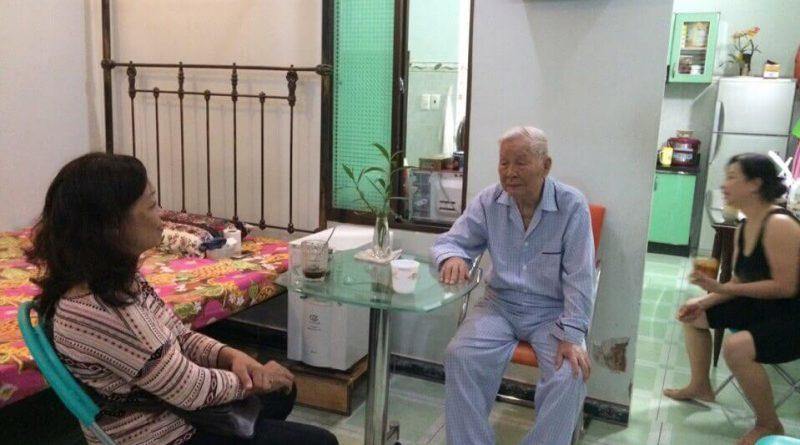 Tìm người chăm người già, dịch vụ chăm sóc người già uy tín tại Hà Nội